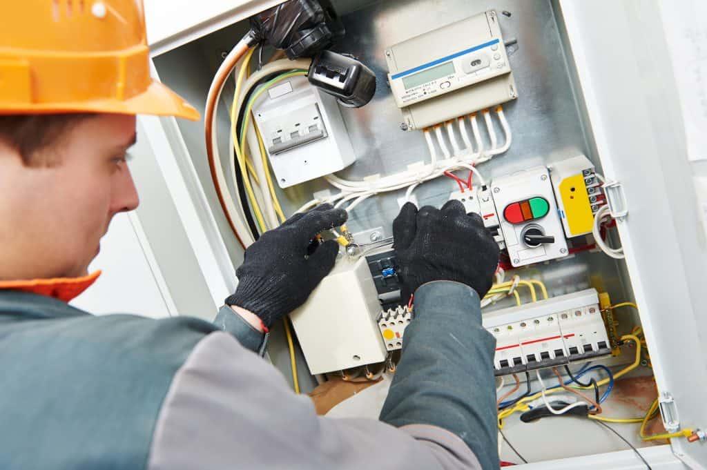 mise en service electricite maison